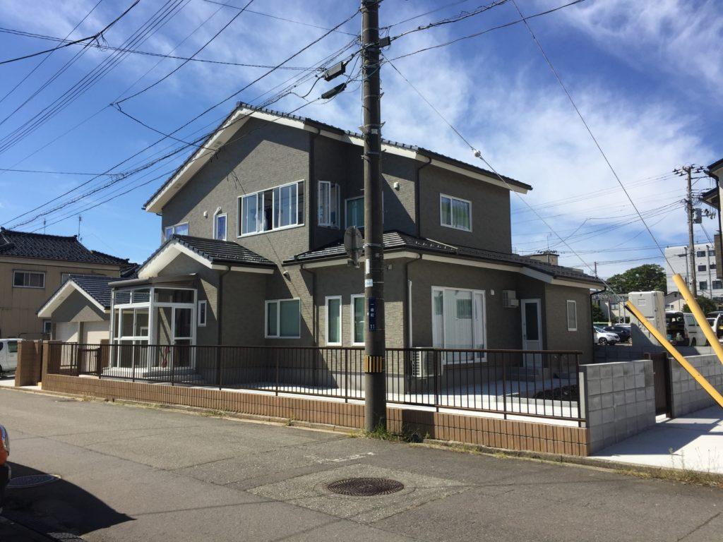 【山形県酒田市の注文住宅 「本間泰介・恵美様」邸】|クリエイト住宅さんは見た目も大事ですが構造内部に凄く気を配る所が素晴らしいと思い発注しました。